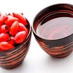 Масло и ягоды шиповника