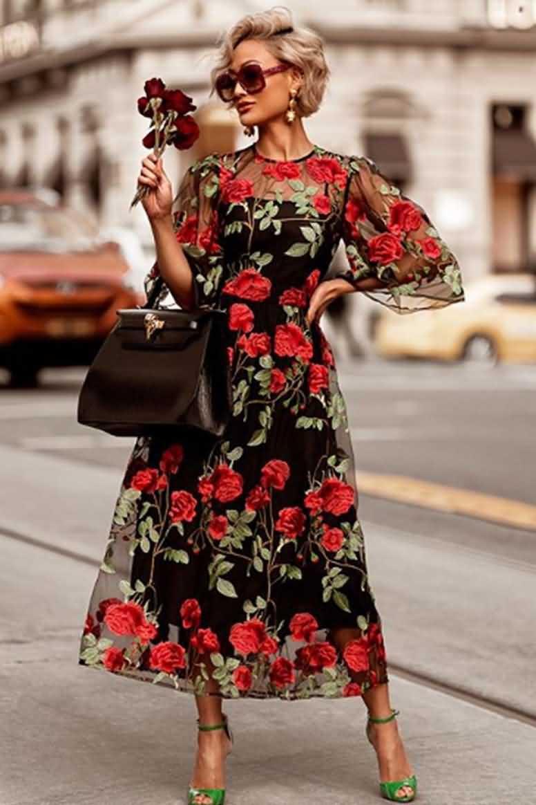 Модные и актуальные платья нынешним летом